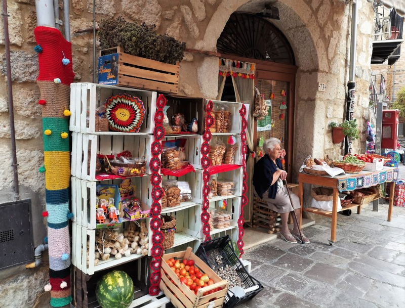Market colorato tricot street art sottana