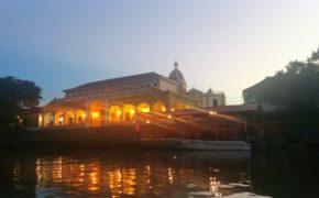 Vista notturna dal fiume Magdalena colombia