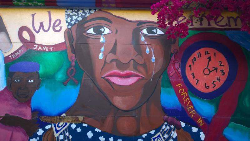 Murales di Mission,quartiere di San Francisco,di una donna di colore che piange