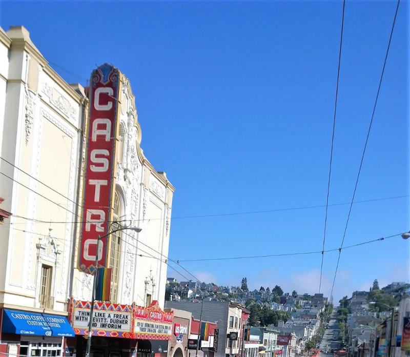 Insegna del teatro castro art decò del quartiere castro