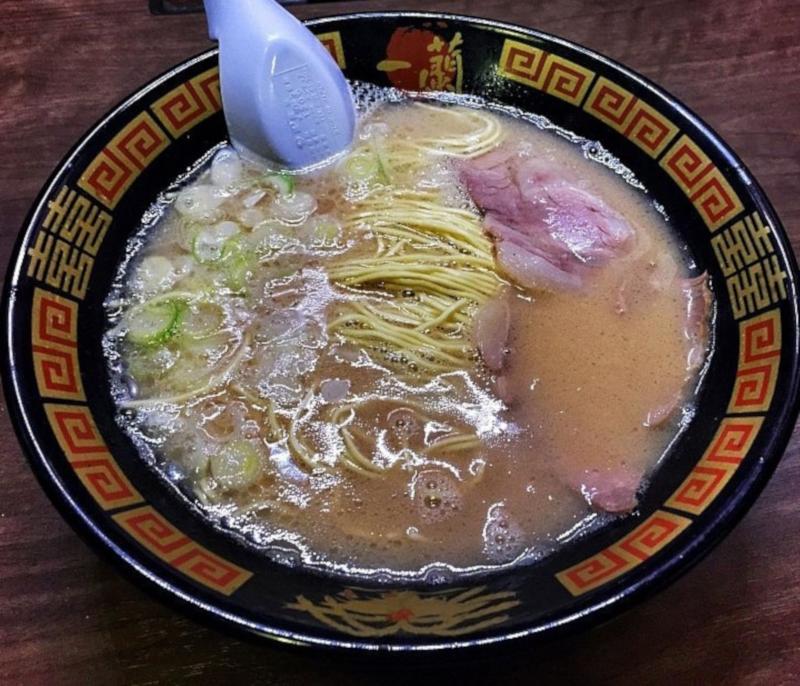 Zuppa di Ramen della catena giapponese Ichiran