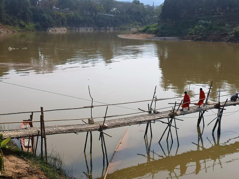 Il ponte di bamboo di Luang Prabang