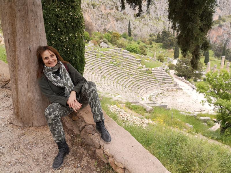 Deb di Valentino al sito archeologico di Delfi