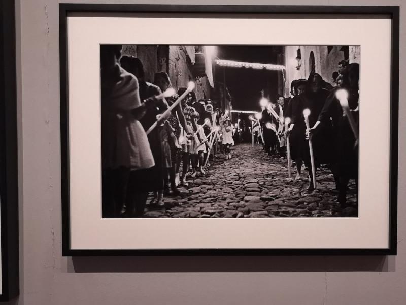 foto di processione di Francesco Scianna alla mostra di Palermo