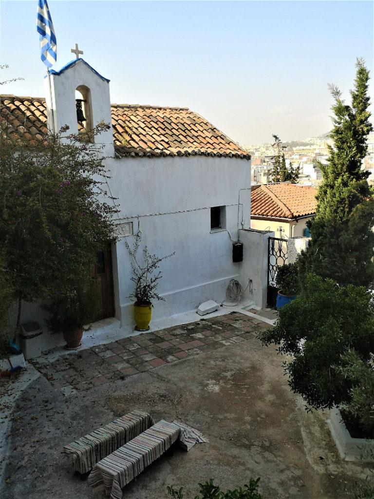 La chiesa di San Giorgio delle Rocce di Anafitioka