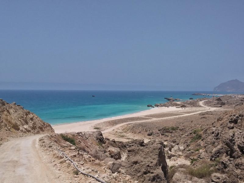 la spiaggia di fazayah in Oman-oman