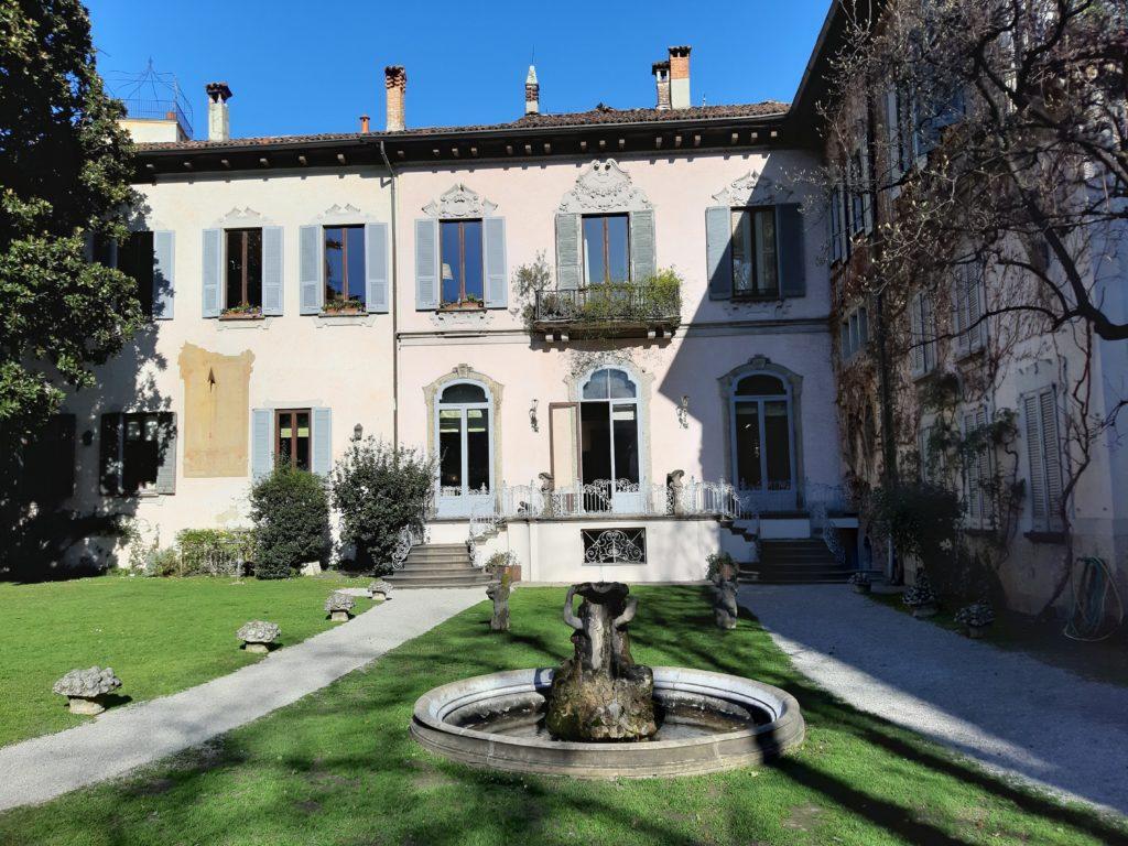 L'interno di Casa Atellani e la Vigna di Leonardo