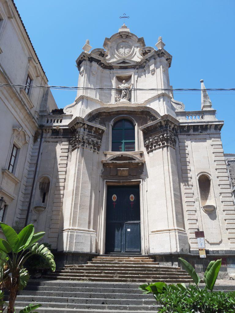 La chiesa di San Benedetto in via crociferi a Catania